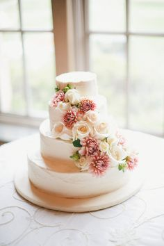 english roses, floral design, galleri, simple cakes, simple weddings