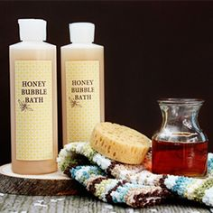 A simple and moisturizing bubble bath recipe to make for yourself or gift to your friends!