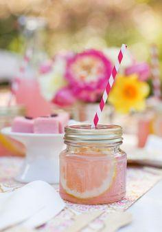 Super cute mason jar cups - cute for a bridal shower! http://rstyle.me/n/jpzfen2bn
