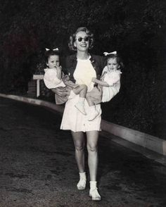 Joan Crawford and her daughters Cynthia and Cathy