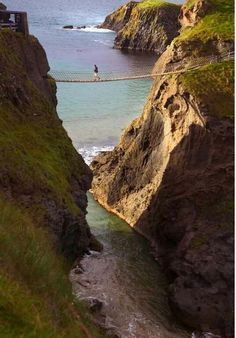Carrick a rede Rope Bridge, Northern Ireland rope bridge ireland, carrick a rede rope bridge, irish, northern ireland rope bridge, ropes, travel, carrickared rope, place, bridges