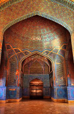 The Shah Jahan Mosque was built in 1647 during the reign of Mughal King Shah Jahan, also known as the Builder King. It is located in Thatta, Sindh province, Pakistan. It is a part of UNESCO World Heritage sites.