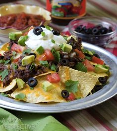 Spicy Beef Nachos With Slow Cooker Chili | 29 Awesome Super Bowl Snacks You Can Make In A SlowCooker