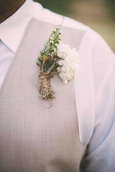 Al Fresco Pine Hills Lodge Wedding: http://www.stylemepretty.com/little-black-book-blog/2014/08/21/al-fresco-pine-hills-lodge-wedding/ | Photography: Aga Jones - http://www.agajonesphotography.com/