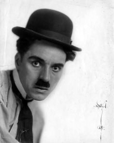 25 year old Charlie Chaplin in his tramp costume circa 1915.