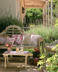 I love this romantic little space.