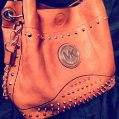 ⌒❤ Michael Kors ❤⌒Handbags Outlet Online Clearance Sale. All less than $100.Must remember it!