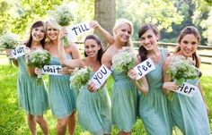Someone takes a picture like this and texts it to the groom. Cuuuute hey??
