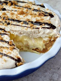 This Peanut-Butter Banana Cream Pie looks SO GOOD.