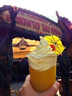 13 Signs You're Obsessed with Dole Whip | Oh My Disney