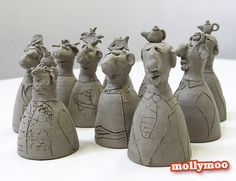 Aren't these clay figures absolutely gorgeous?!!  they're just one of the three projects the kids got to explore and enjoy at saturday's arts and craft class. Jump on over to http://www.mollymoo.ie to see photos of the kids making their quirky band of oddbods :)