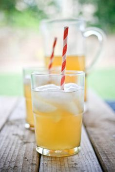 cool summer drink idea - Jasmine Tea Arnold Palmer