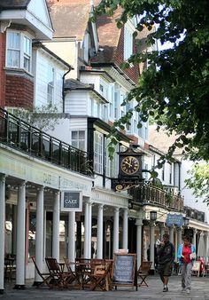ENGLAND..... Tunbridge Wells.  Pantiles - Royal Tunbridge Wells (often shortened to Tunbridge Wells) is a large town and Borough in west Kent.