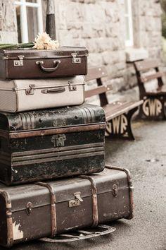 Vintage UK engagement  |  charlene morton photography....travel, vintage [suitcases], Europe, photography, & park benches make my <3 happy