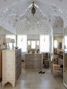 Shangri-la Mughal Suite via Paint+Pattern
