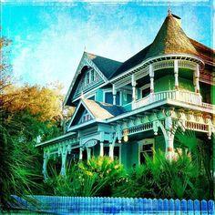 HistoricHouse Gainesville, Florida Southern Architecture - @brentertainment- #webstagram