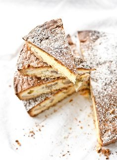 white chocOlate walnut cake