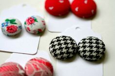 diy button earrings... oh the possibilities!