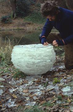 balls, ball art, andi goldsworthi, andy goldsworthy, ice sculptures, ice ball, landart, land art, glas