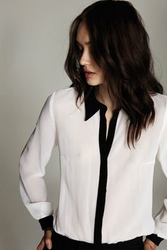Via Marie Claire | Black and White | Minimal Chic Fashion
