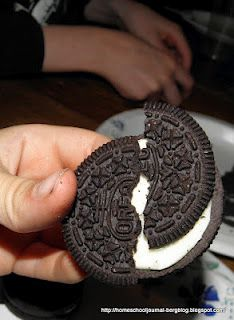Oreo Plate Tectonics - Using Oreos to teach science - I probably would have been better at science and math if Oreos had been involved.