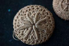 Crochet sand dollar button -- bullion stitch?