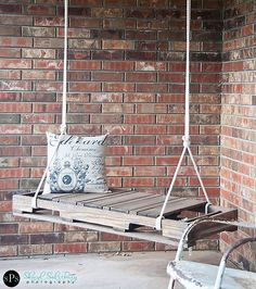 Nice tutorial. DIY Pallet Swing 1 DIY Pallet Swing: Simple and easy way to craft up your own swing!