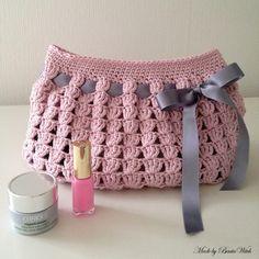 vaniti, craft, necessär, crochet bags, makeup bags