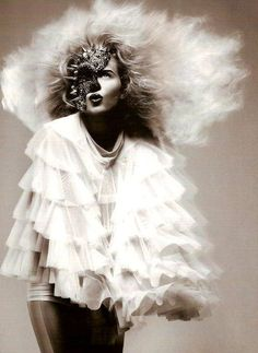 she-loves-fashion:    SHE LOVES FASHION:  Brooklyn Decker