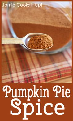 Make your own PUMPKIN PIE SPICE, from Jamie Cooks It Up! #pumpkinpiespice, #fallbaking, #jamiecooksitup