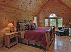 Love this bed set with the log bed