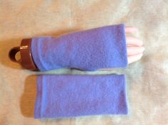 C17 Cashmere fingerless gloves lavender by mcleodhandcraftgifts