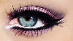 I like the white liner that lines the bottom of eye & under the cat line!!