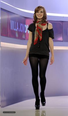 Milla Jovovich in pantyhose - http://stockings-celebs.blogspot.com/2014/07/milla-jovovich-in-pantyhose.html