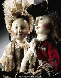 Close up of Lord and Lady Clapham.  I am certain that these are originals from 1690-1700.
