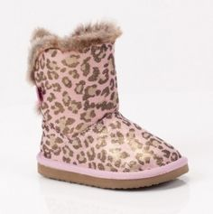 snuggles, winter, girl, fayett shoe, daughters, toddlers, toddler shoes, boots, fayett boot