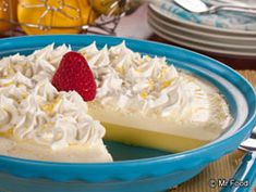 Crustless Lemon Cream Pie - This 4-ingredient dessert is one of our most popular healthy pie recipes of all time! #lowcarb