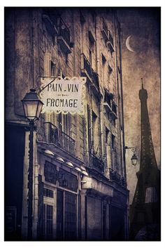 Paris crescent moon