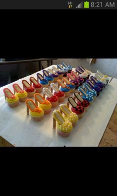 High heel cakes