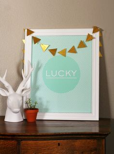 St. Patrick's Day LUCKY Print - free printable!