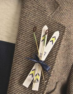 #winter wedding: snow ski boutonniere