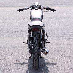 #motorcycles #motorcycle #motorbike #honda #honda125 #caferacer #caferacers #custommotorcycles #custom #hittheroad #motos #engine #street #bikers #moto #