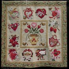 Vintage Valentine by Sherall Donovan, 2014 Tucson Quilt Fiesta, photo by Quilt Inspiration.  Design by Verna Mosquera.