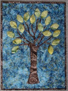 tree quilt with appliqué