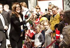 """Crown Princess Mary attended the conference """"children in town"""" which was held at the University of Southern Denmark in Odense. The princess also inaugurated a playground for children. 29 September 2014"""