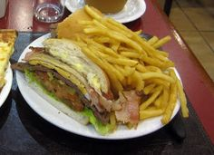 Ask any person in the street what a famous dish from Uruguay is and you will most likely be met..chivito