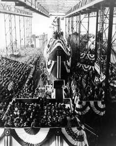 USS Nautilus 1954 - World's First Nuclear Submarine