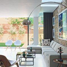 Un salon contemporain aux couleurs naturelles