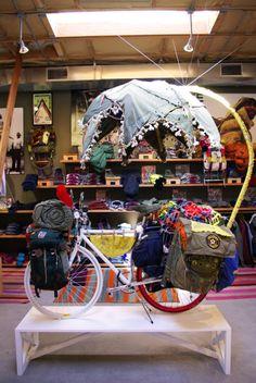 freecityfreemind:    FREECITY umbrella bike  BASIC GOODNESS  it lives in the shop