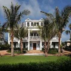 Celebrity real estate: Rosie O'Donnell buys in Florida, Heidi Klum in Bel-Air